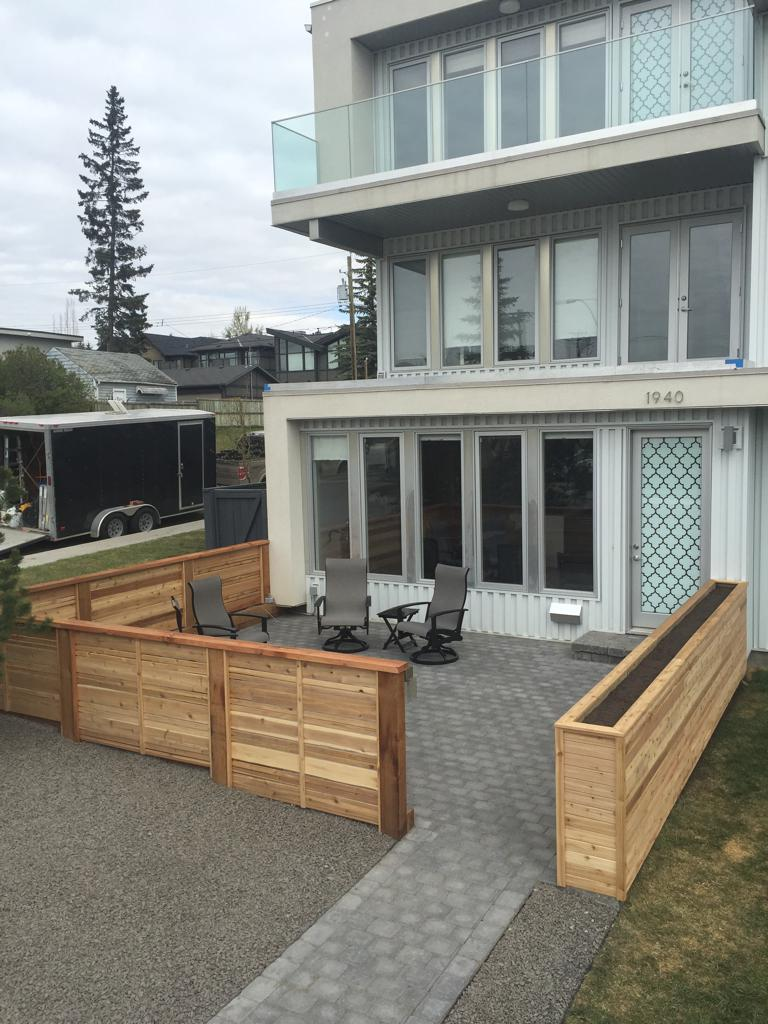 Fences   Decorative Horizontal Slat Cedar Fence Around A Front Yard Patio  With Custom Built In