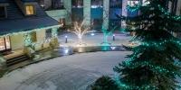 assiniboine_lights_0019_Christmas-Portrait-4-of-4