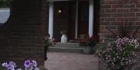Patio - Northern roman eurp paving stone patio