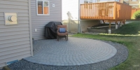 Arbour-Lake-cobble-patio-circle-pattern