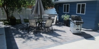 Kilarney-paving-stone-patio-with-brushed-sidewalk