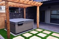 hottub-pergola-artificial-turf-patio