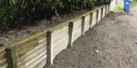 retaining wall - Pressure treated 4x4