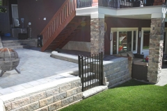 retaining wall - allen block retaining wall with aluminum gate
