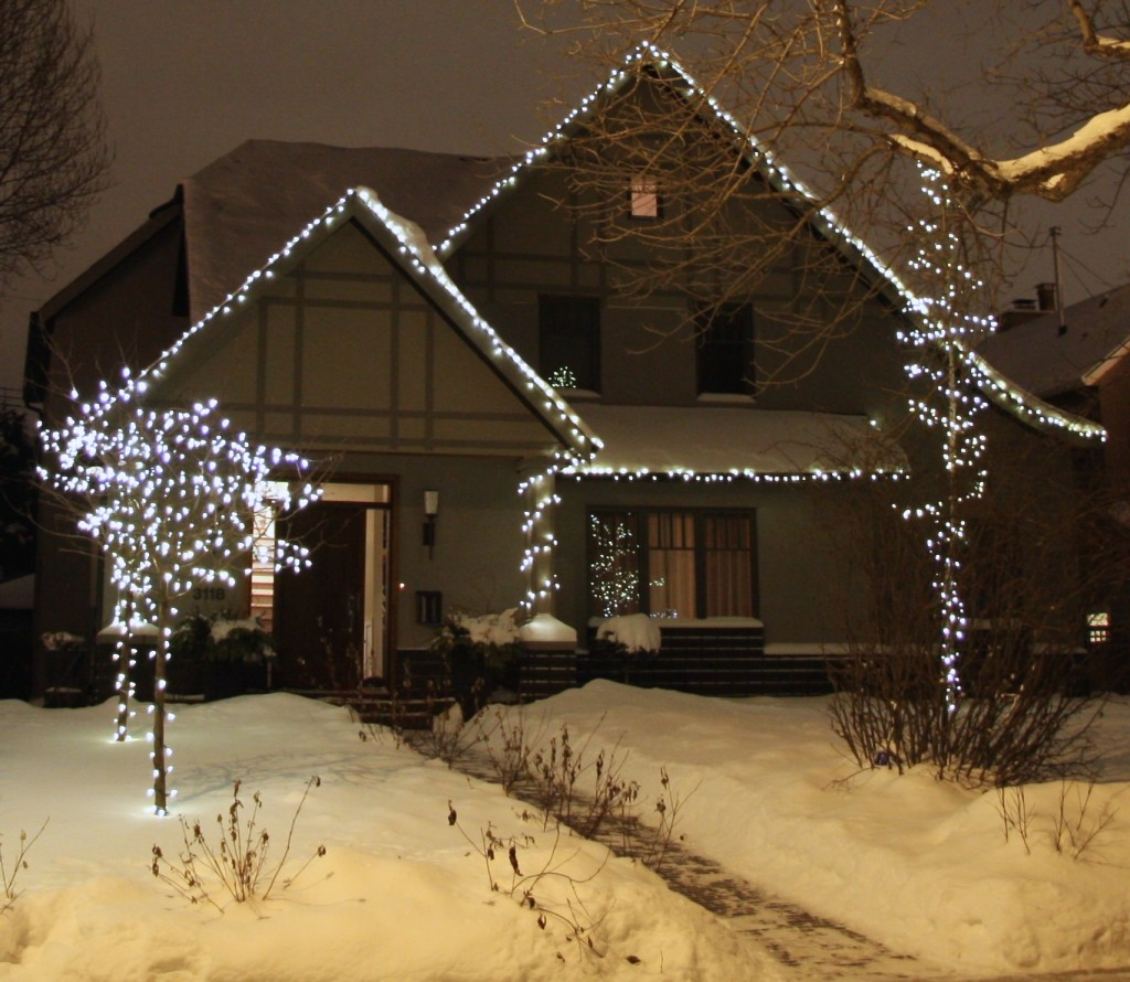 c6 on house - Christmas Light Installation Prices