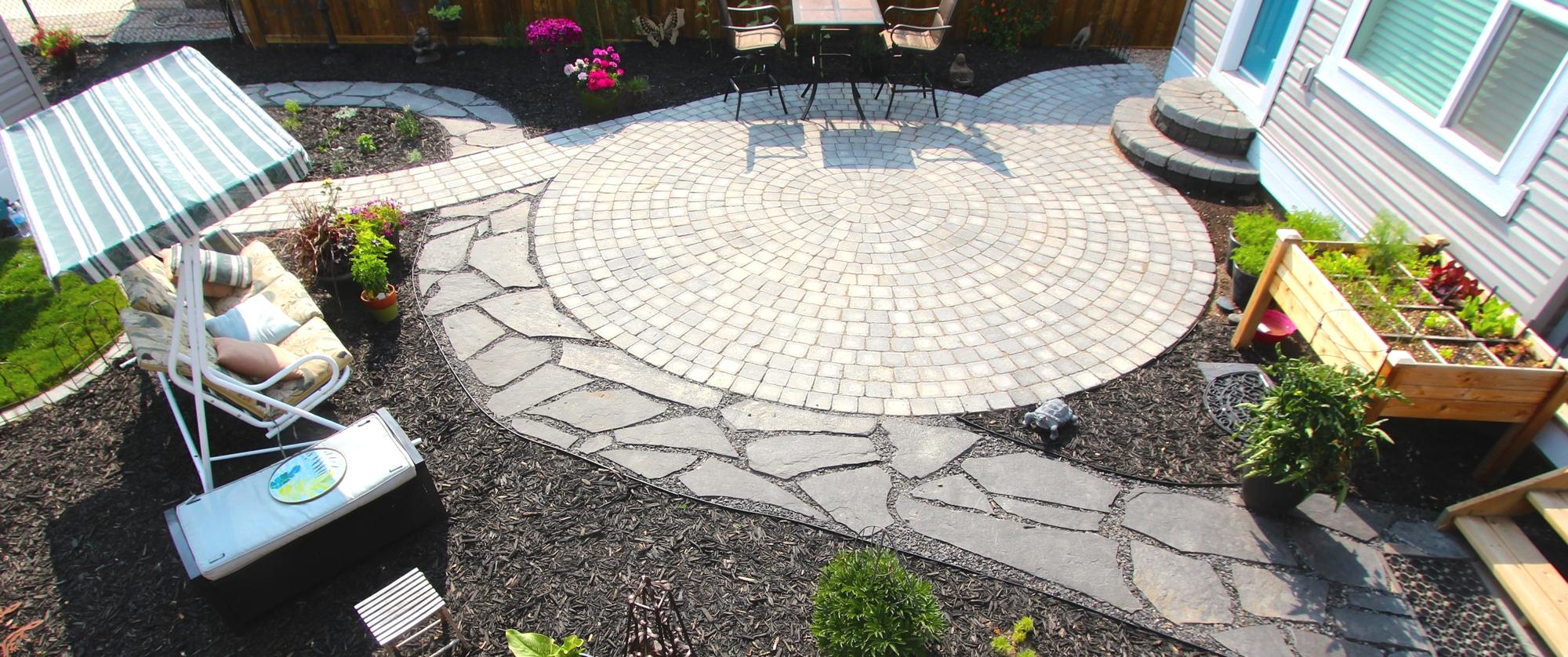paving stone patio, paving stone pathway, flagstone pathway, mulch beds