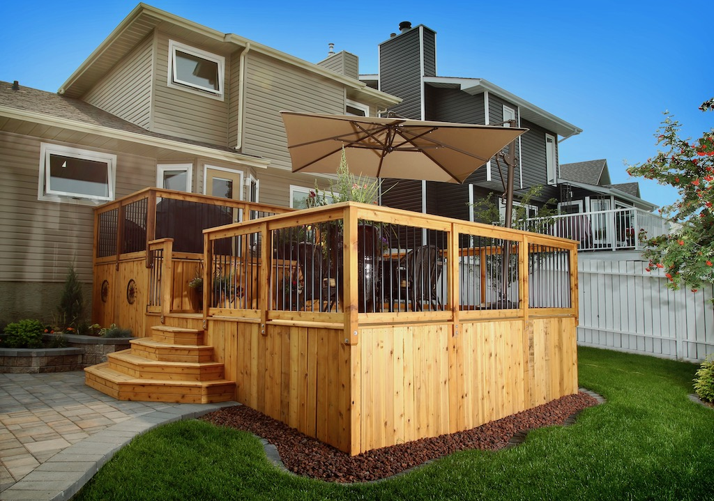 Cedar deck, stairs and skirting with aluminum spindle railings